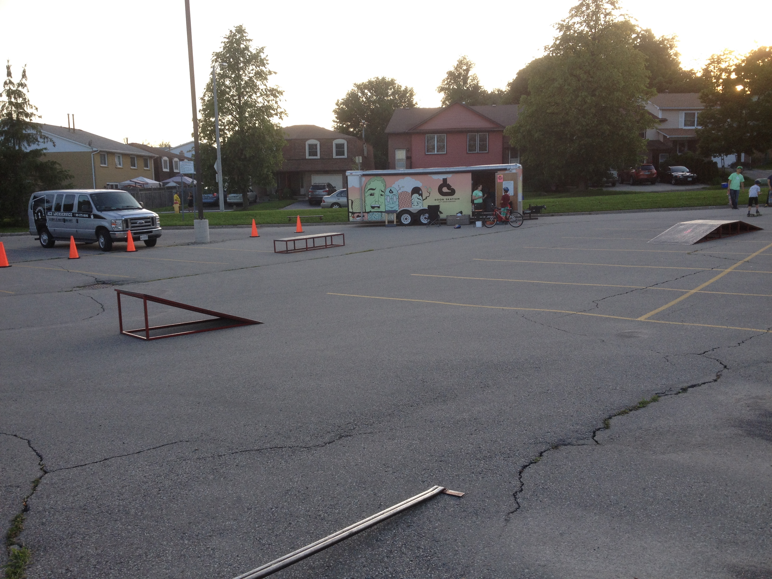 Doon skatium kitchener 39 s mobile skatepark silent cacophony - Skateboard mobel ...