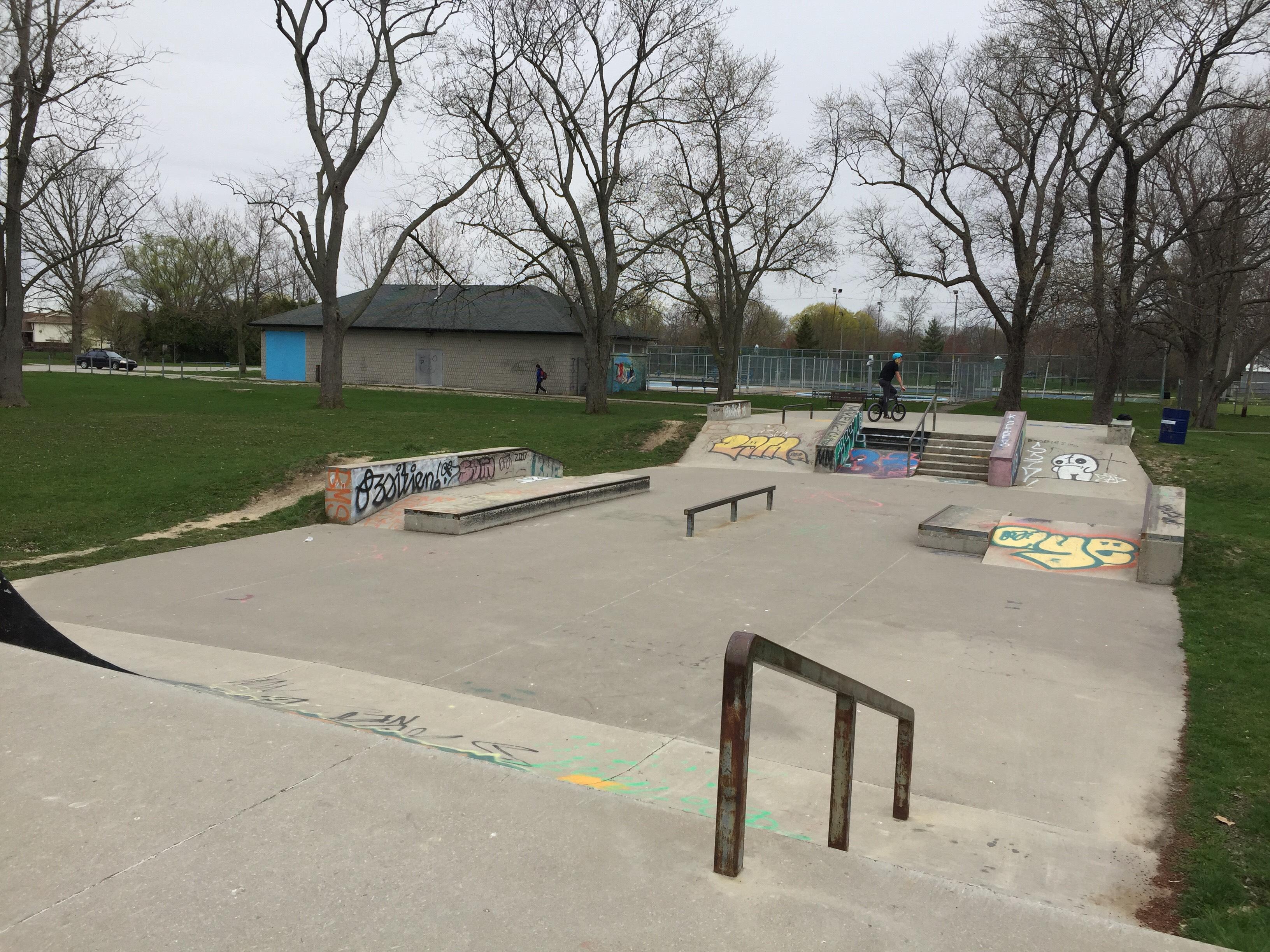 Small Town Skatepark (Tilbury, ON.)